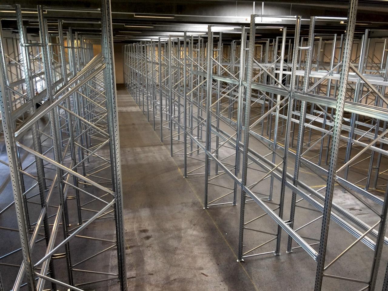 Lagerreoler med 2715 pallepladser klar på rekordtid
